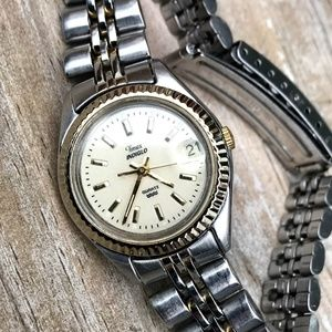 Vintage Timex Indiglo Date Watch Women's